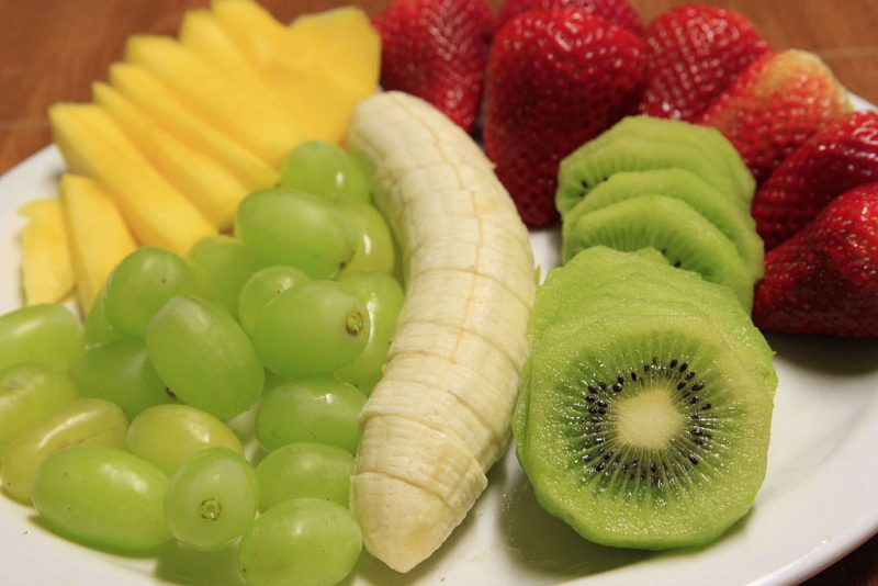 Eating healthy fruits